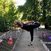 yoga eğitmeni 180x180 - Şerife Karahançer ile Temel Yoga Eğitimi