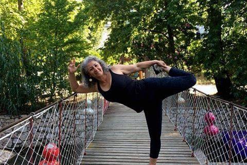 yoga eğitmeni 480x321 - Yoga Eğitmeni Öğretirken Öğrenirde