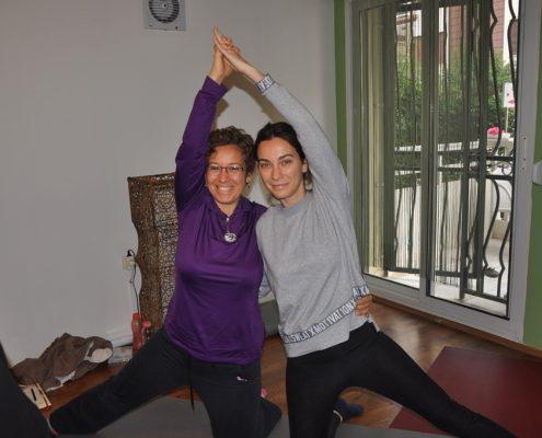 DSC 0086 495x400 - Neslihan İskit ile Çocuk Yogası Eğitimi