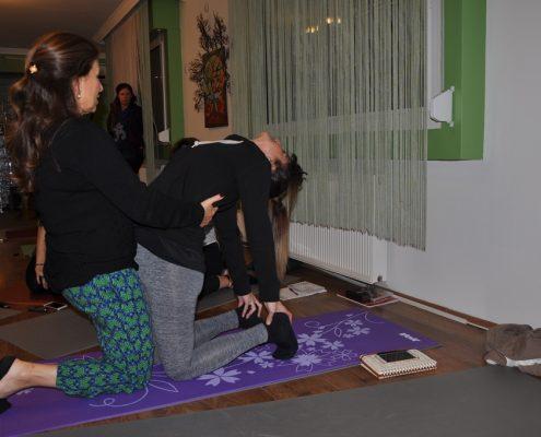 DSC 0090 495x400 - Neslihan İskit ile Çocuk Yogası Eğitimi