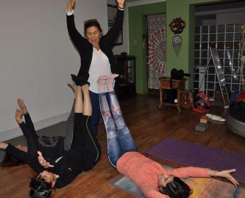 DSC 0110 495x400 - Neslihan İskit ile Çocuk Yogası Eğitimi