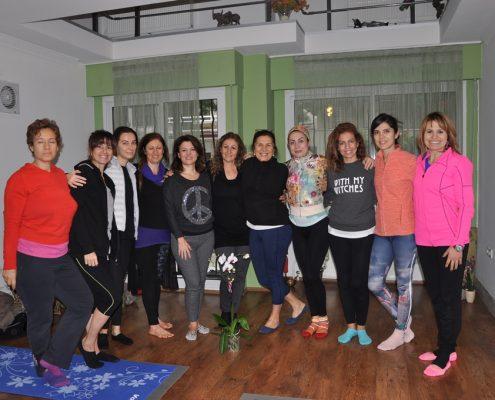 DSC 0125 495x400 - Neslihan İskit ile Çocuk Yogası Eğitimi
