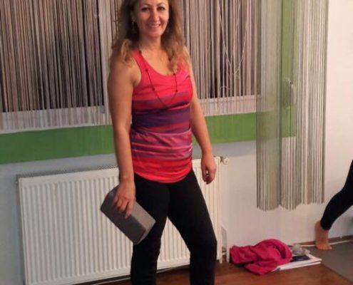 erife Karahançer ile Temel Yoga Eğitimi 6 495x400 - Şerife Karahançer ile Temel Yoga Eğitimi