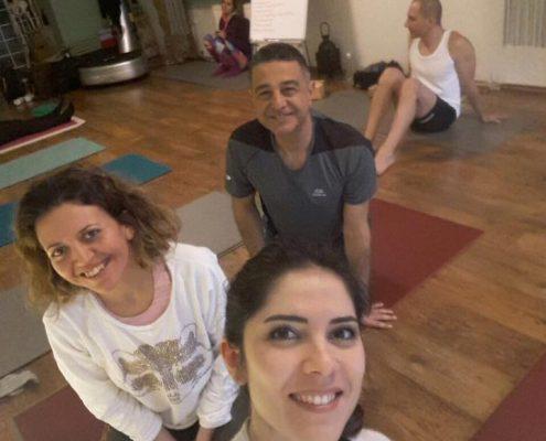Vedat Havlucu ile orta seviye 5 495x400 - Vedat Havlucu ile Orta Seviye Yoga Hocalık Eğitimi