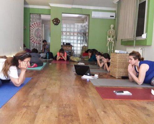 karsiyaka Hamile Yogası Eğitmen Eğitimi